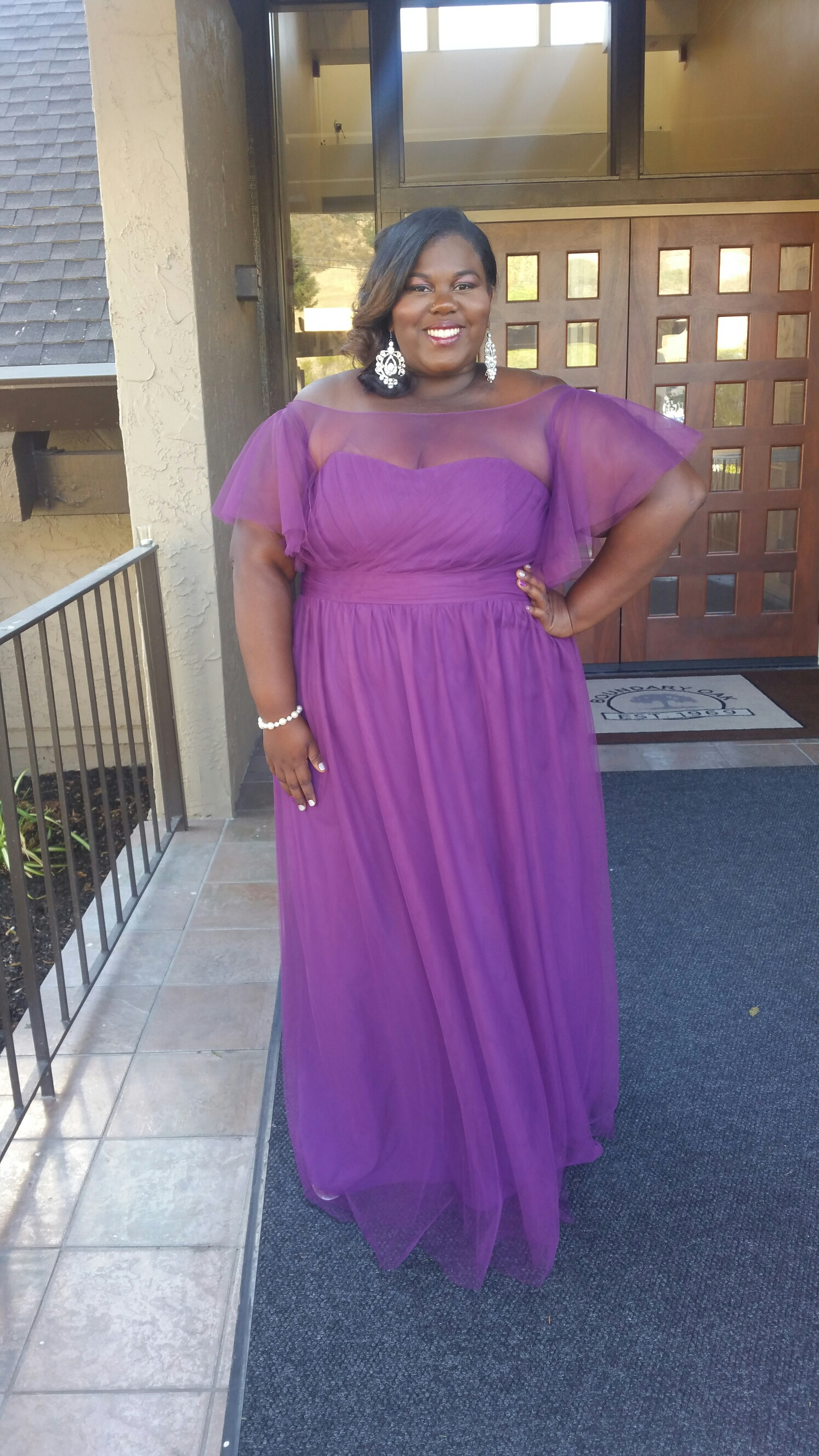 b85802114f656 6 Things A Plus Size Bridesmaid Needs to know About Dresses